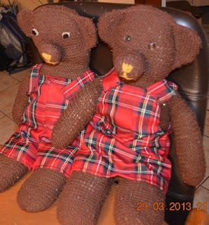 Kleidung Teddys